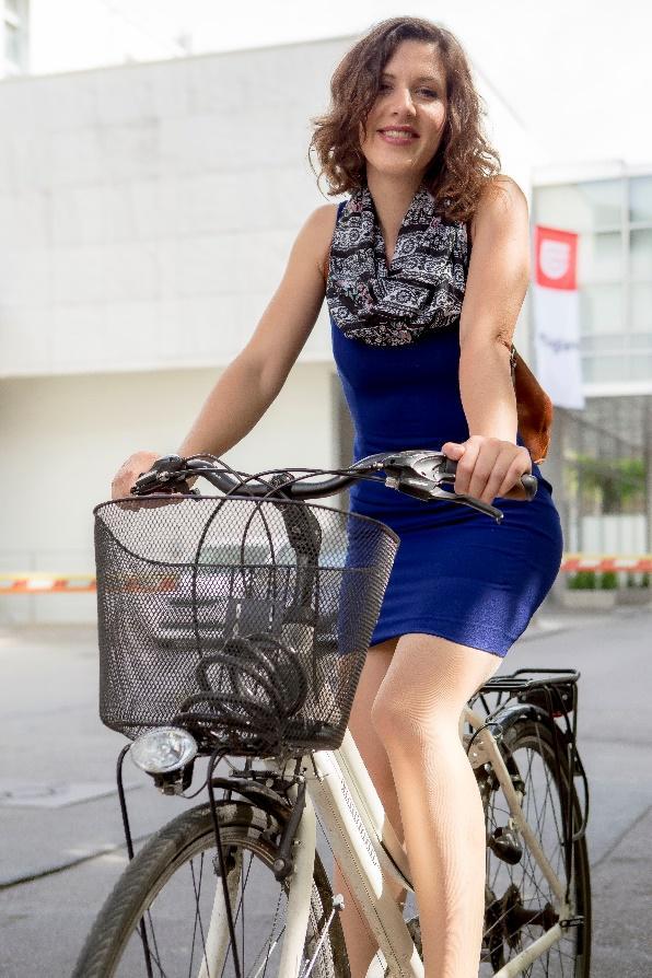 lana horak bicikl