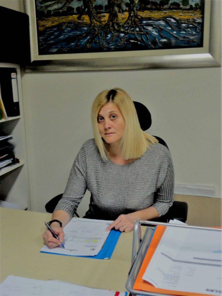 Ivana Farac - nekretnine imperial - plavi ured
