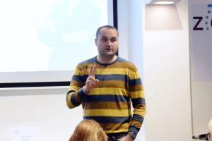 content marketing plavi ured seminar