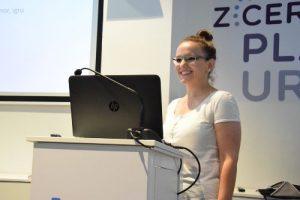 pitch plavi ured prezentacija