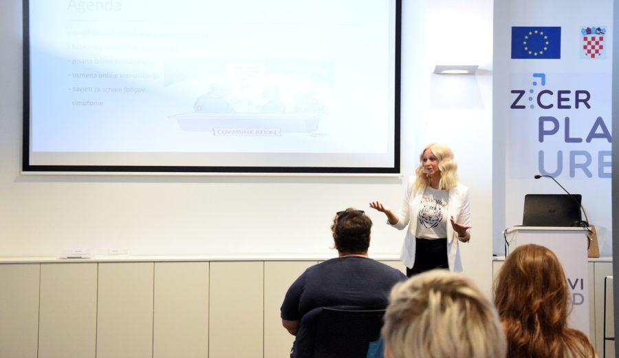 izazovi virtualne komunikacije plavi ured